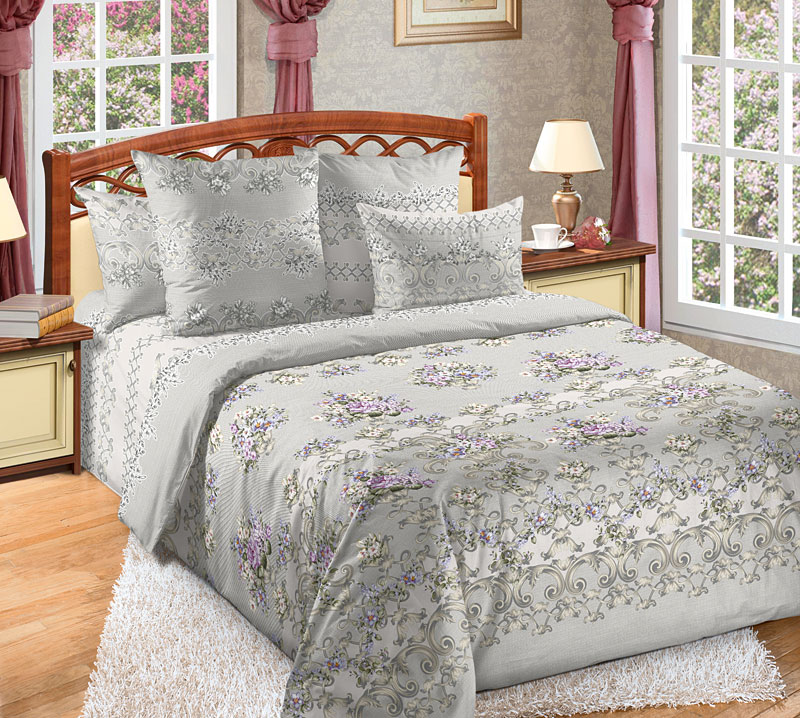Комплект белья Текс-Дизайн Флер 1, 2-спальный, наволочки 70x70391602Комплект постельного белья Флер выполнен из тонкого, но прочного перкаля, дизайн которого создает ощущение легкого флера – ткань кажется шелковой и полупрозрачной. Некрупные цветы, напоминающие фиалки, и стильные орнаменты располагаются на сером, отливающем серебром фоне. Комплект эксклюзивной расцветки смотрится величественно и элегантно. Перкаль - это тонкая и легкая хлопчатобумажная ткань высокой плотности полотняного переплетения, сотканная из пряжи высоких номеров. При изготовлении перкаля используются длинноволокнистые сорта хлопка, что обеспечивает высокие потребительские свойства материала. Несмотря на свою утонченность, перкаль очень практичен – это одна из самых износостойких тканей для постельного белья.