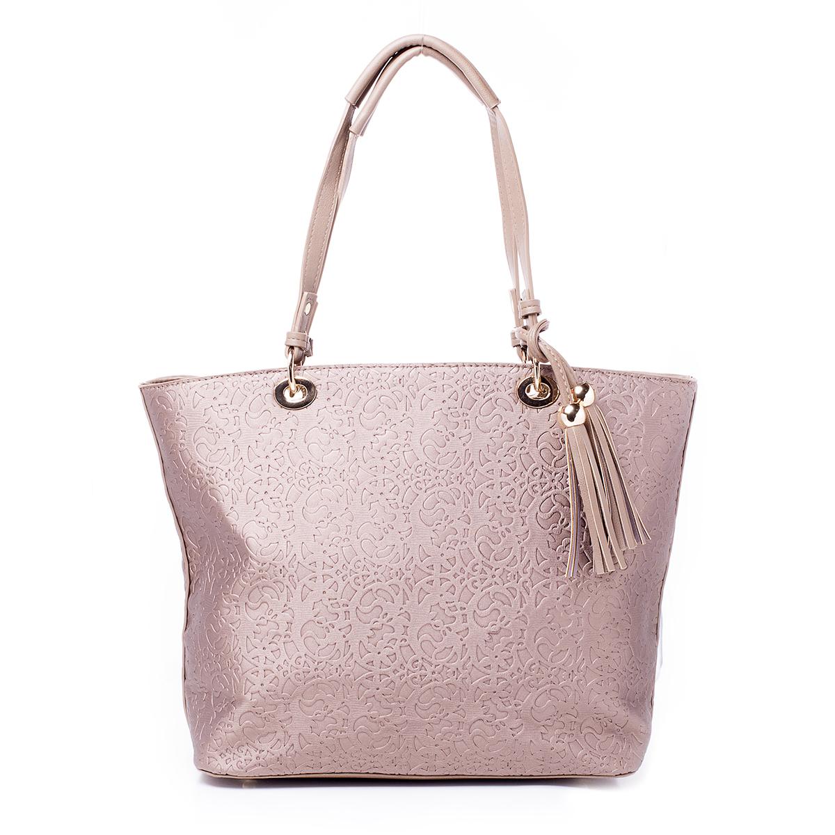 Сумка женская Renee Kler, цвет: песочный. RK498-04S76245Стильная женская сумка Renee Kler выполнена из качественной искусственной кожи. Сумка оформлена оригинальным тиснением. Изделие имеет одно отделение и застегивается на молнию. Внутри отделения находятся два накладных кармана и один врезной карман на застежке-молнии. Отделение разделено карманом-средником на застежке-молнии.С внешней задней стороны - врезной карман на застежке-молнии. Модель дополнена шнурком с двумя подвесками с бахромой из искусственной кожи в тон сумке. Сумка оснащена двумя удобными ручками с металлической фурнитурой.