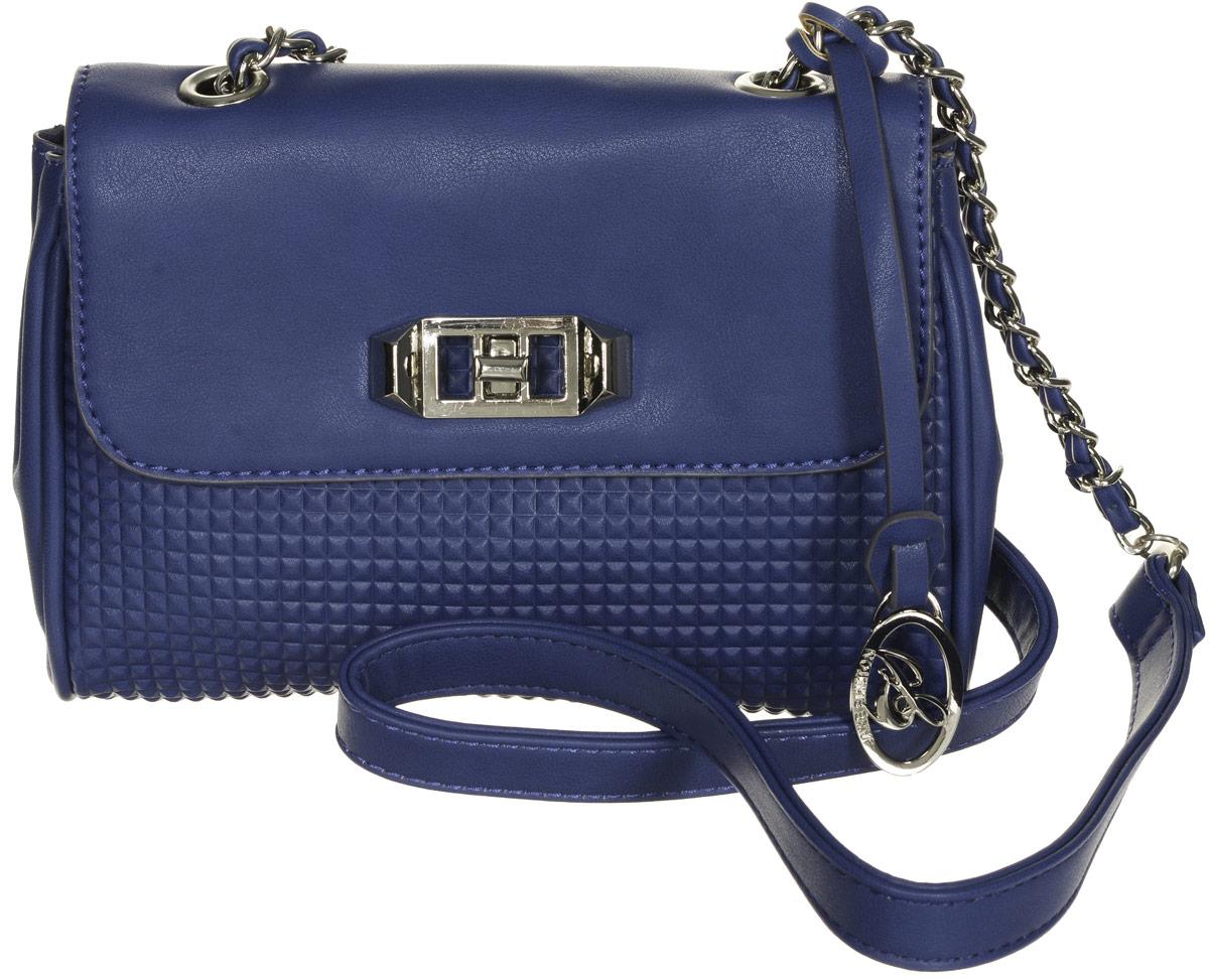 Сумка женская Jane Shilton, цвет: синий. 2134S76245Стильная женская сумка Jane Shilton не оставит вас равнодушной благодаря своему дизайну и практичности. Она изготовлена из качественной искусственной кожи и оформлена декоративным тиснением. На тыльной стороне расположен открытый накладной карман. Сумка оснащена удобным плечевым ремнем, который дополнен металлической цепочкой и оформлена фирменной металлической подвеской. Изделие закрывается клапаном на замок-вертушку. Внутри расположено главное отделение, которое содержит один вшитый карман на молнии для мелочей.Такая модная и практичная сумка завершит ваш образ и станет незаменимым аксессуаром в вашем гардеробе.