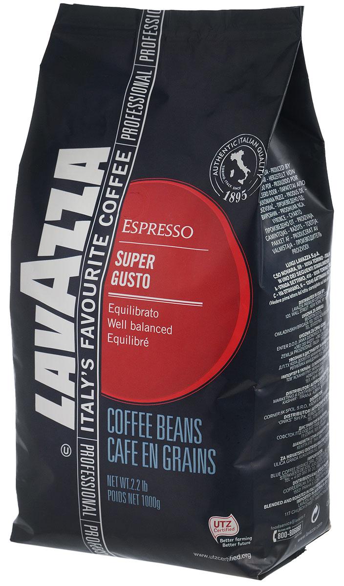 Lavazza Super Gusto UTZ кофе в зернах, 1 кг0120710Итальянский насыщенный кофе Lavazza Super Gusto UTZ с большим содержанием высококачественной арабики (80 %). Зерна для кофе Lavazza Super Gusto UTZ выращены на лучших плантациях и заботливо собраны специально для вас. 20 % в напитке составляет робуста. Она гарантирует наличие легкой пенки. Напиток имеет чудесный аромат, с него приятно начинать свое утро. Окунитесь в магию волшебства кофе
