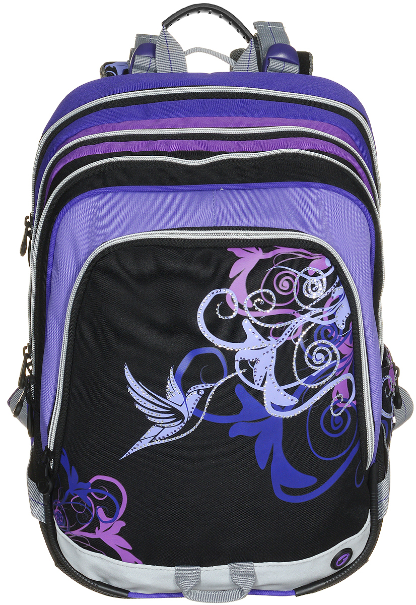 BagMaster Рюкзак детский с наполнением цвет черный фиолетовый 1 предмет72523WDДетский рюкзак BagMaster обязательно понравится вашей школьнице.Рюкзак выполнен из прочных и высококачественных материалов. Содержит три вместительных отделения, закрывающихся на застежки-молнии с двумя бегунками. Бегунки застежек дополнены удобными металлическими держателями. Внутри первого отделения находятся органайзер для канцелярских принадлежностей, карман-сетка на молнии, карман на липучке под мобильный телефон и лента с карабином для ключей. В двух других отделениях карманов нет.Лицевая сторона рюкзака оснащена накладным вместительным карманом на молнии, внутри которого располагается открытый карман. Рюкзак имеет один открытый боковой карман-сетка с вертикальной молнией.Специально разработанная архитектура спинки со стабилизирующими набивными элементами повторяет естественный изгиб позвоночника. Набивные элементы обеспечивают вентиляцию спины ребенка. Задняя часть спинки дополнена легкой алюминиевой рамкой, повторяющей контур позвоночника и снимающей нагрузку. Мягкие широкие лямки анатомической формы повторяют естественный изгиб плечевого пояса, обеспечивая комфортную посадку рюкзака и свободу движений. Лямки имеют регулируемую длину. Грудное крепление предусмотрено для фиксации лямок на плечах ребенка. Рюкзак оснащен эргономичной ручкой для удобной переноски в руке и петлей для подвешивания. Прочное дно с пластиковыми ножками обеспечивает рюкзаку хорошую устойчивость и защиту от загрязнений. Светоотражающие элементы обеспечивают безопасность в темное время суток. К рюкзаку прилагается мешок для сменной обуви.Многофункциональный рюкзак станет незаменимым спутником вашего ребенка в походах за знаниями.