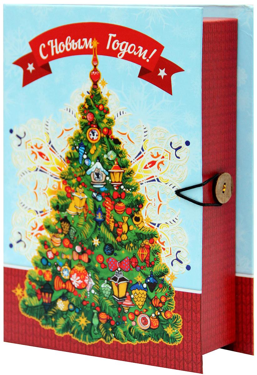 Коробка подарочная Magic Time Новогодняя елка, 20 х 14 х 6. 39268RSP-202SПодарочная коробка Magic Time Новогодняя елка, выполненная из мелованного, ламинированного картона, закрывается на пуговицу. Крышка оформлена декоративным рисунком.Подарочная коробка - это наилучшее решение, если вы хотите порадовать ваших близких и создать праздничное настроение, ведь подарок, преподнесенный в оригинальной упаковке, всегда будет самым эффектным и запоминающимся. Окружите близких людей вниманием и заботой, вручив презент в нарядном, праздничном оформлении.Плотность картона: 1100 г/м2.