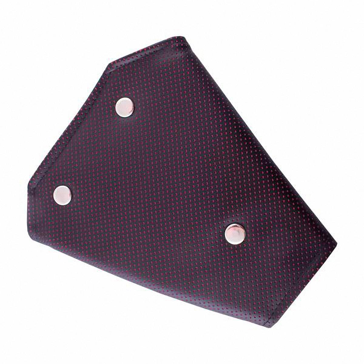 Адаптер ремня безопасности Skyway, цвет: черный. S04002008VT-1520(SR)Детский адаптер ремня безопасности, выполненный из искусственной кожи, удерживает ремень безопасности в положении, удобном для человека небольшого роста. Удерживающее устройство можно установить на любой трёхточечный ремень безопасности. При перевозке ребёнка до 12 лет адаптер ремня безопасности разрешено устанавливать только на ремни заднего сиденья.Тип крепления: кнопки.