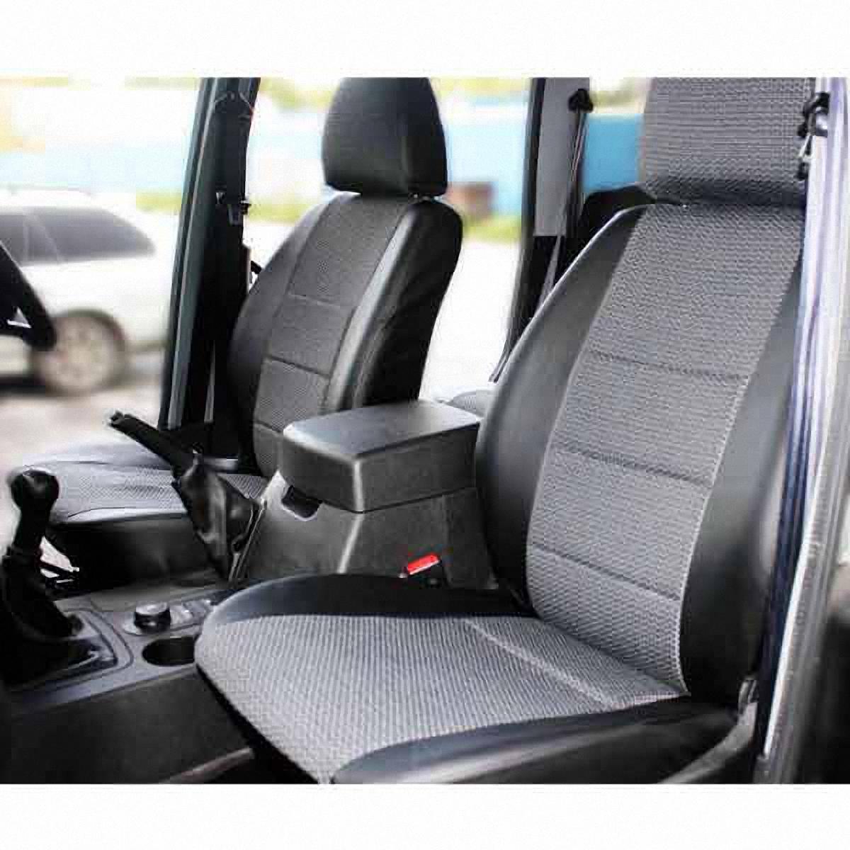 Чехлы автомобильные Skyway, для УАЗ Patriot 2014-. U2-2K98298123_черныйАвтомобильные чехлы Skyway изготовлены из качественного жаккарда и экокожи. Чехлы идеально повторяют штатную форму сидений и выглядят как оригинальная обивка сидений. Разработаны индивидуально для каждой модели автомобиля. Авточехлы Skyway просты в уходе - загрязнения легко удаляются влажной тканью. Чехлы имеют раздельную схему надевания. В комплекте 12 предметов.