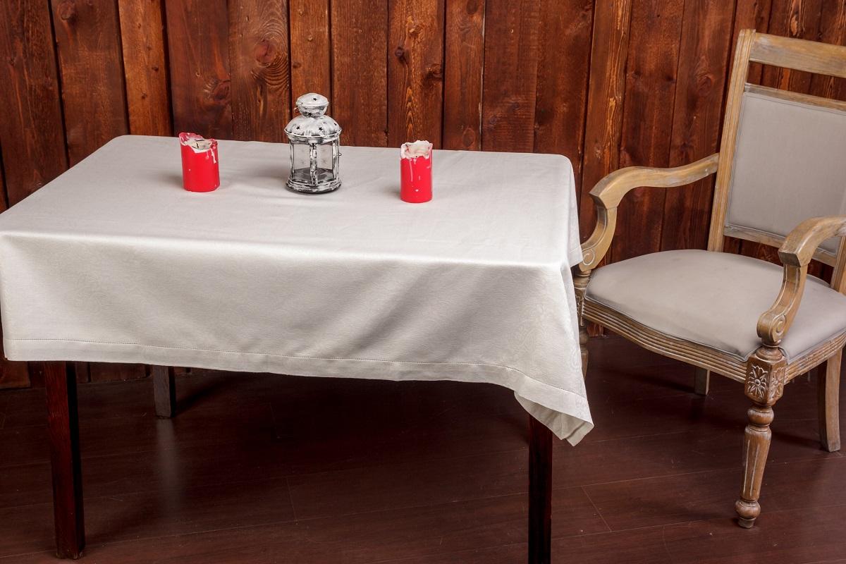 Скатерть Гаврилов-Ямский Лен, прямоугольная, 160 x 180 см. 1со5974VT-1520(SR)Роскошная белая жаккардовая скатерть из льна и хлопка. Ажурная отделка по краю.Лён - поистине, уникальный природный материал, экологичнее которого сложно придумать. История льна восходит к Древнему Египту: в те времена одежда из льна считалась достойной фараонов! На Руси лён возделывали с незапамятных времен - изделия из льняной ткани считались показателем достатка, а льняная одежда служила символом невинности и нравственной частоты. Изделия из льна обладают уникальными потребительскими свойствами: льняное постельное белье даст вам ощущение прохлады в жаркую ночь и согреет в холода, скатерти из натурального льна придадут вашему дому уют и тепло натурального материала, а льняные полотенца порадуют вас невероятно долгим сроком службы на вашей кухне!