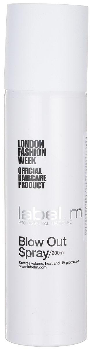 Label.m Спрей для объема Blow Out Spray, 200 мл086-5-32468Кондиционирует, увлажняет и защищает волосы при использовании фена и утюгов. Защищает от влажности. Придает объем, легкую фиксацию. Содержит инновационный комплекс Enviroshield, который защищает волосы от термического воздействия во время укладки и от УФ лучей и воздействия окружающей среды.