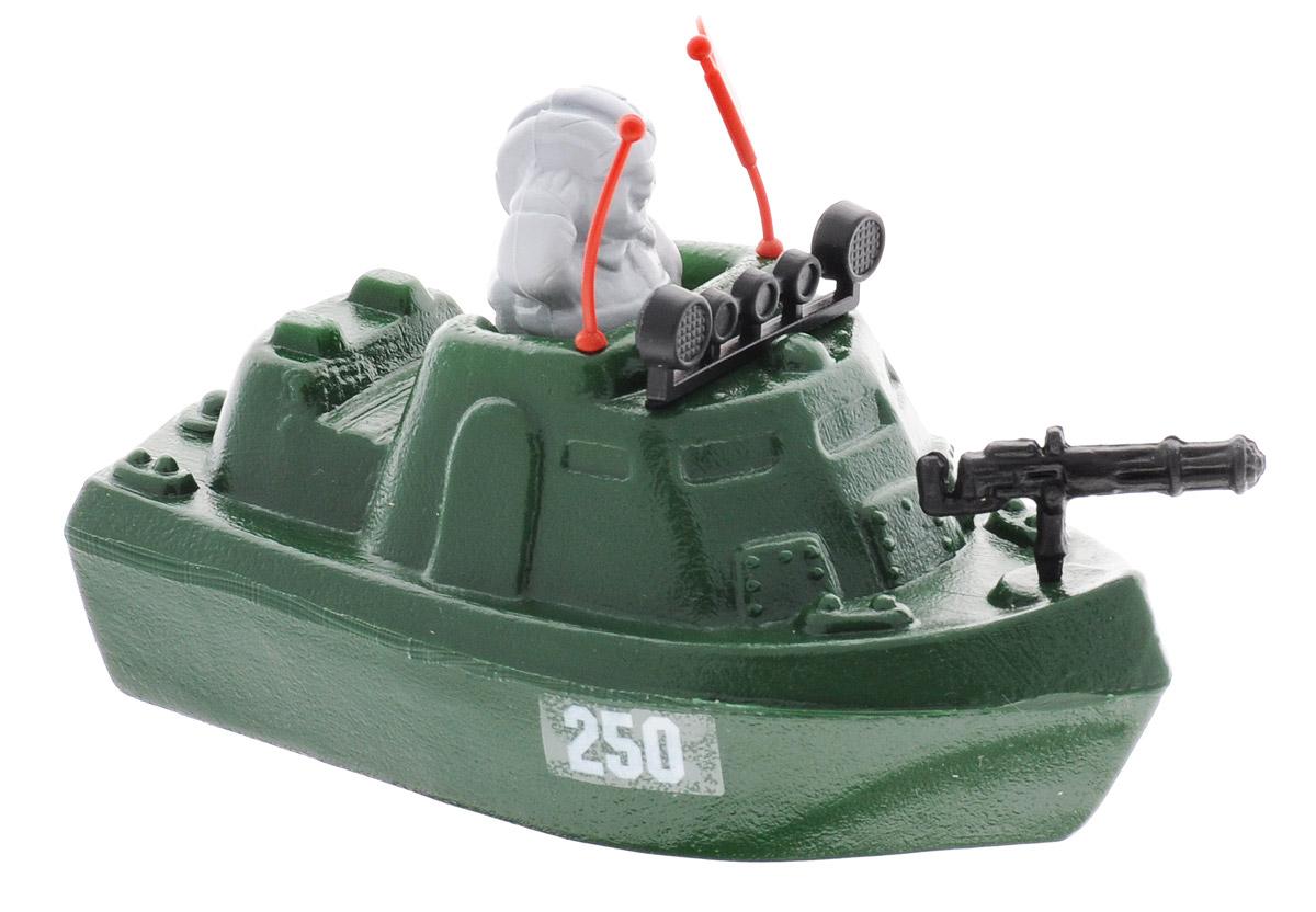 """Патрульный катер Форма """"Патриот"""" в комплекте с солдатиком, управляющим морским судном, выполнен из качественных материалов, которые не доставят малышу дискомфорта во время игры. Катер можно припарковать в фантазийном порту """"на суше"""" или же отправить его на выполнение боевого задания в ванной, наполненной водой."""