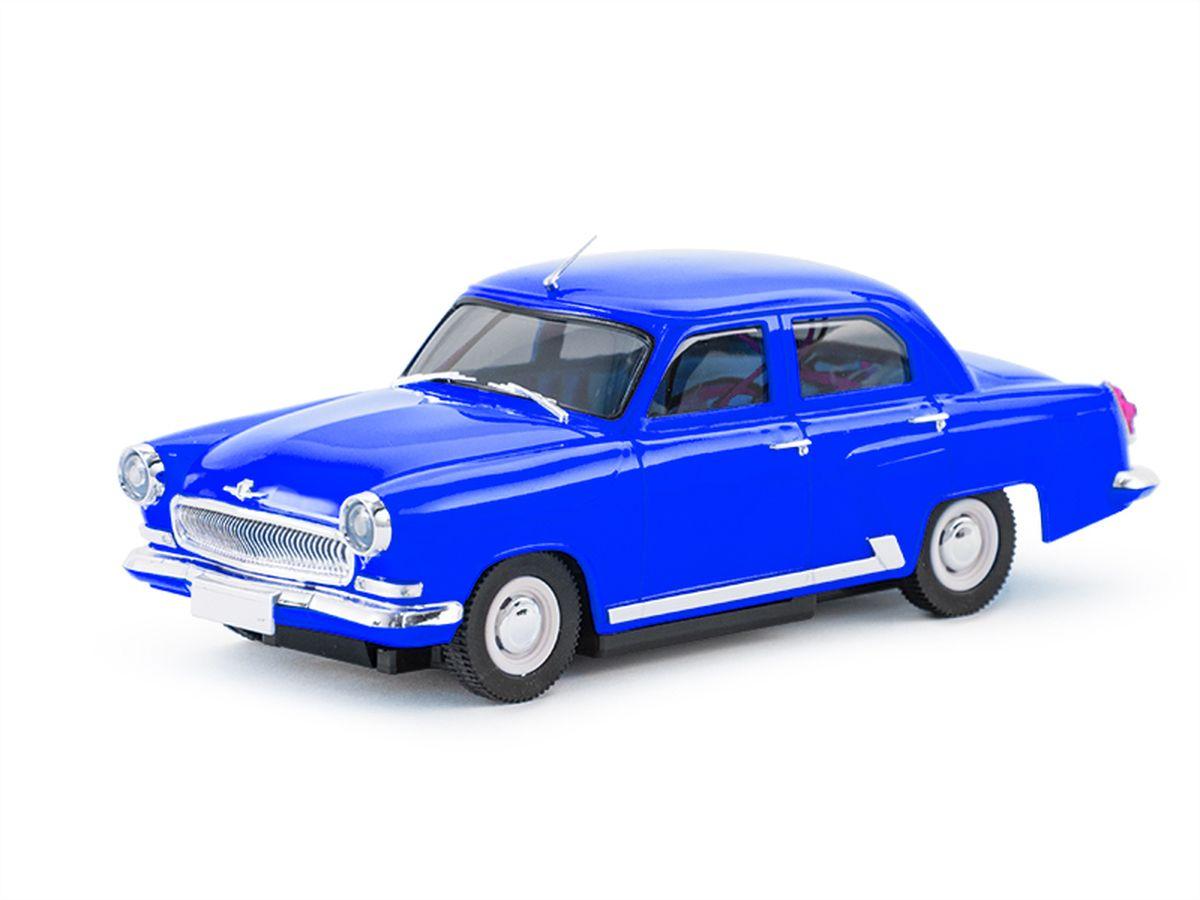 Миниатюрной моделью «ГАЗ-21» можно любоваться часами. Точно изготовленный кузов в мельчайших деталях повторяет пропорции настоящего автомобиля. Рубиновые задние фонари и прозрачные фары, молдинг вдоль порога, дворники и антенна. Во внешнем облике модели читается красивый профиль с плавно ниспадающей линией боковины и обилие хромового декора! Автомобиль управляется по двум каналам: вперед/назад при помощи электронного регулятора оборотов, и влево/вправо при помощи сервомеханизма