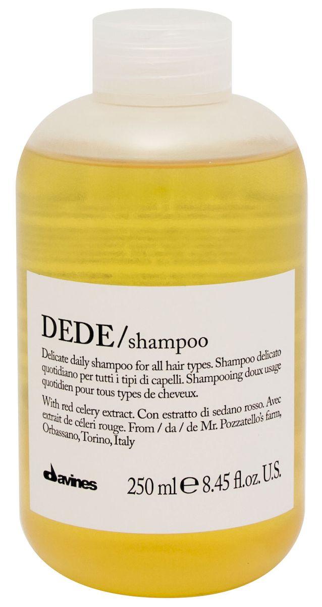 Davines Шампунь для деликатного очищения волос Essential Haircare New Dede Shampoo, 250 млSatin Hair 7 BR730MNОсобая серия для бережного очищения волос любого типа. Активный экстракт красного сельдерея восстанавливает и питает локоны. Богатая важными антиоксидантами формула восстанавливает локоны. Минеральные соли, амино кислоты в высокой концентрации обеспечивают благоприятное воздействие на кудри, полностью очищают волосы, дарят им свежесть и чистоту.