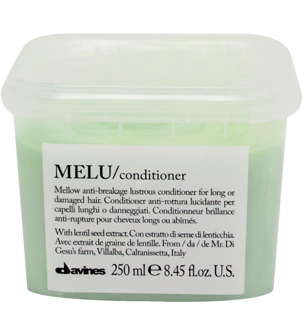 Davines Кондиционер для предотвращения ломкости волос Essential Haircare New Melu Conditioner, 250 мл086-8-34424Специальная серия для длинных или поврежденных волос. Активный экстракт семян чечевицы восстанавливает и питает локоны. Богатая важными аминокислотами формула защищает локоны. Серин и глютаминовая кислота обеспечивают благоприятное воздействие на кудри, предотвращая их ломкость.