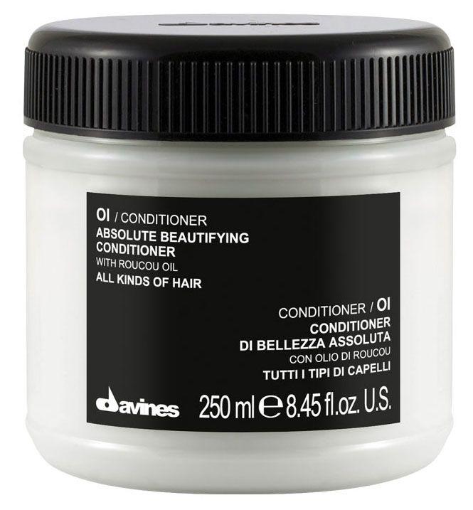 Davines Кондиционер для абсолютной красоты волос Essential Haircare Ol Absolute Beautifying Conditioner, 250 мл4751006752856Мягкий и деликатный кондиционер. Специальная формула с абрикосовым маслом смягчает и активно насыщает кудри живительной влагой. Локоны становятся мягче и гибче, появляется объем и здоровый блеск. Кондиционер защищает волосы от термического влияния приспособлений для создания причесок, предотвращает их механическое повреждение. Состав богат витаминами А и С. Без парабенов.