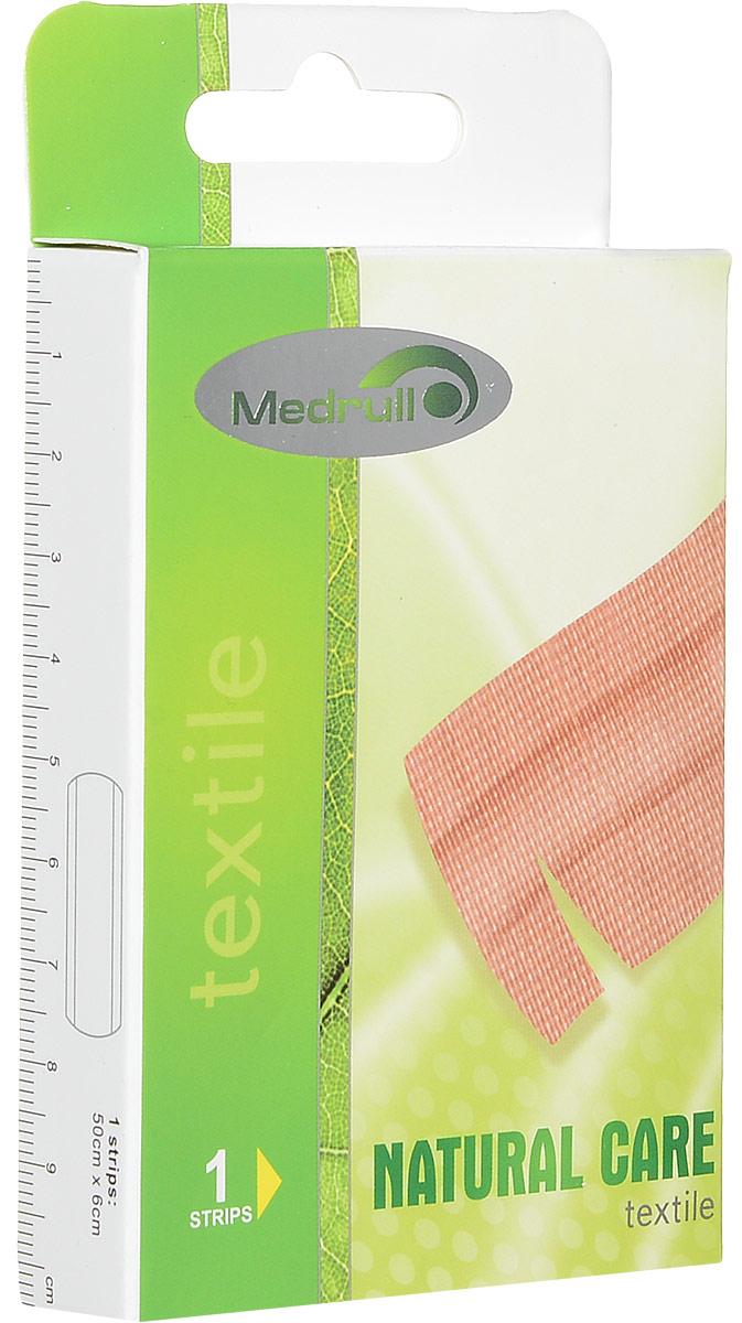 Medrull Пластырь Natural Care, размер 50 см x 6 см, №1БУ-00000316Гипоаллергенные пластыри, предназначенные для людей, кожа которых, чувствительна к факторам окружающей среды. Пластыри изготовлены из приятного для кожи эластичного,текстильного материала, в состав которого входит - 65% хлопок, 35% полиамид, благодаря чему, возможность появления аллергии снижена до минимума. Свойства пластыря: грязенепроницаемые, гипоаллергенные, эластичные, дышащие, плотно прилегающие. Абсорбирующая подушечка изготовлена из вискозы и обладает высокой впитываемостью. Верхняя часть подушечки обработана полипропиленом, что защищает от вероятности прилипания пластыря к поврежденной поверхности кожи.