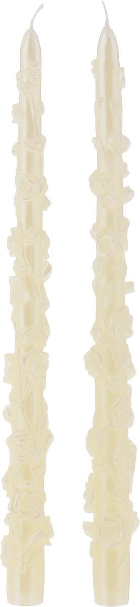 Набор декоративных свечей Win Max Розы, цвет: кремовый, длина 29 см, 2 шт94407Набор декоративных свечей Win Max Розы представляет собой набор из двух свечей украшенных красивой резьбой в виде роз. Набор упакован в красивую коробку и перевязан лентой. Свечи создают атмосферу уюта и романтики. Яркая свеча будет прекрасным дополнением к вашему празднику. Симпатичный сувенир послужит отличным подарком.Длина свечи: 29 см.Диаметр дна: 1,8 см.