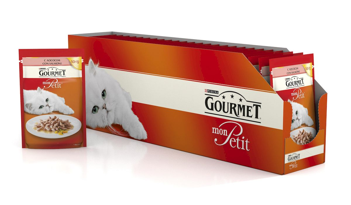 Консервы Gourmet Mon Petit, для взрослых кошек, с лососем, 50 г, 24 шт0120710Настоящие гурманы знают, что ничто не сравнится с восхитительным вкусом только что приготовленного блюда. Именно тогда изысканное сочетание превосходных ингредиентов раскрывается наиболее ярко. Ваши питомцы достойны вкусного питания - аппетитного обеда из нежнейших кусочков мяса из только что открытого пакетика. Особый формат упаковки Gourmet Mon Petit (50 г) удобен тем, что содержит порцию оптимального размера. Это позволяет вашему пушистому гурману доесть все сразу до последнего кусочка, наслаждаясь пиком вкуса великолепного продукта. Больше не придется хранить остатки в холодильнике и на следующий день уговаривать своего питомца все это съесть. Ведь он, как настоящий гурман, понимает, что вкусно только то, что сразу же оказывается у него на тарелке. Вы можете быть уверены - ваш гурман оценит изысканное сочетание высококачественных ингредиентов, бережно приготовленных в аппетитном соусе.Состав:мясо и продукты переработки мяса, экстракт растительного белка, рыба и продукты переработки рыбы (в том числе лосось 4%), минеральные вещества, сахара, красители, дрожжи, витамины. Добавленные вещества: витамин A 732 МЕ/кг; витамин D3 112 МЕ/кг; железо 8,4 мг/кг; йод 0,21 мг/кг; медь 0,73 мг/кг; марганец 1,6 мг/кг; цинк 15 мг/кг.Пищевая ценность в 100 г: влажность 81,4%, белок 12,3%, жир 2,8%, сырая зола 1,6%, сырая клетчатка 0,07%.Товар сертифицирован.
