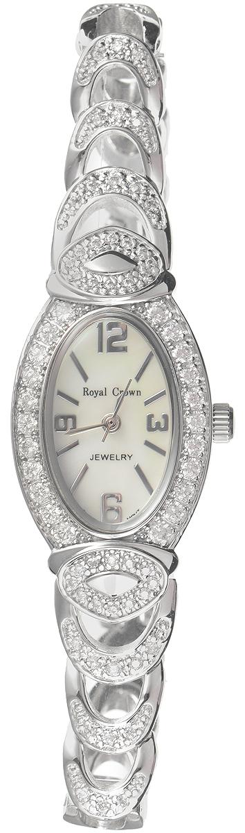 Часы наручные женские Royal Crown, цвет: серебристый. 3651-RDM-5BM8434-58AEИзысканные женские часы Royal Crown изготовлены из высокотехнологичной гипоаллергенной нержавеющей стали и латуни. Покрытие корпуса и браслета - палладий с розовым золотом и родием, что придает часам благородный блеск драгоценных металлов. Кварцевый механизм имеет степень влагозащиты равную 3 Bar и дополнен часовой, минутной и секундной стрелками. Корпус часов украшенободком из цирконов. Браслет выполнен из соединяющихся между собой элементов. Для того чтобы защитить циферблат от повреждений в часах используется высокопрочное минеральное стекло. На белом циферблате отметки и цифры органично сочетаются с маленькими стрелками.Браслет комплектуется надежным и удобным в использовании складным замком, который позволит с легкостью снимать и надевать часы.Часы упакованы в фирменную коробку.Часы Royal Crown подчеркнут изящность женской руки и отменное чувство стиля у их обладательницы.
