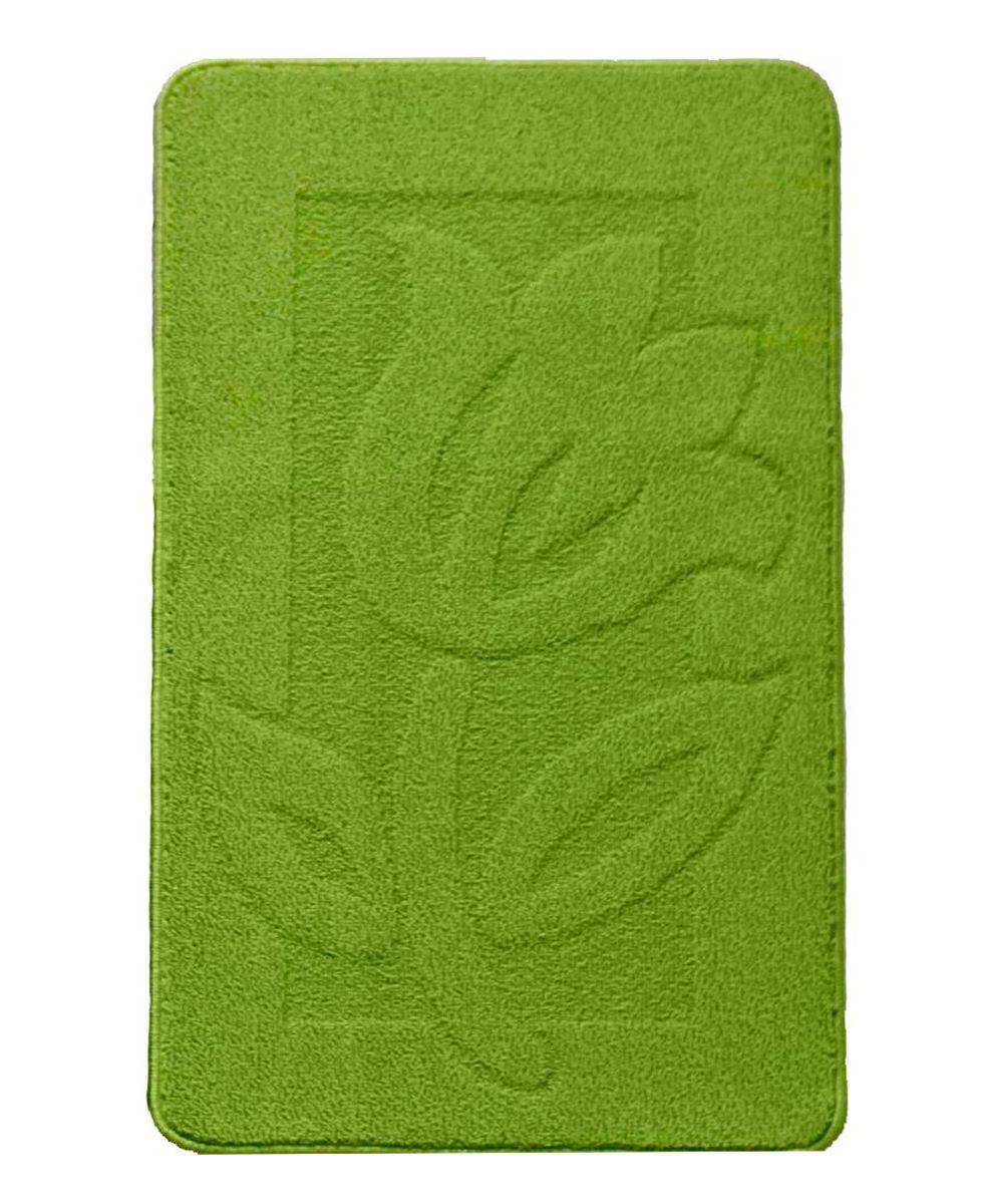 Коврик для ванной Kamalak Tekstil, цвет: зеленый, 60 x 100 см. УКВ-1011УКВ-1011Ковер Kamalak Tekstil изготовлен из полипропилена. Полипропилен износостоек, нетоксичен, не впитывает влагу, не провоцирует аллергию. Структура волокна в полипропиленовых коврах гладкая, поэтому грязь не будет въедаться и скапливаться на ворсе. Практичный и износоустойчивый ворс не истирается и не накапливает статическое электричество. Ковер обладает хорошими показателями теплостойкости и шумоизоляции. За счет невысокого ворса ковер легко чистить. При надлежащем уходе синтетический ковер прослужит долго, не утратив ни яркости узора, ни блеска ворса, ни упругости. Самый простой способ избавить изделие от грязи - пропылесосить его с обеих сторон (лицевой и изнаночной). Влажная уборка с применением шампуней и моющих средств не противопоказана. Хранить рекомендуется в свернутом рулоном виде.