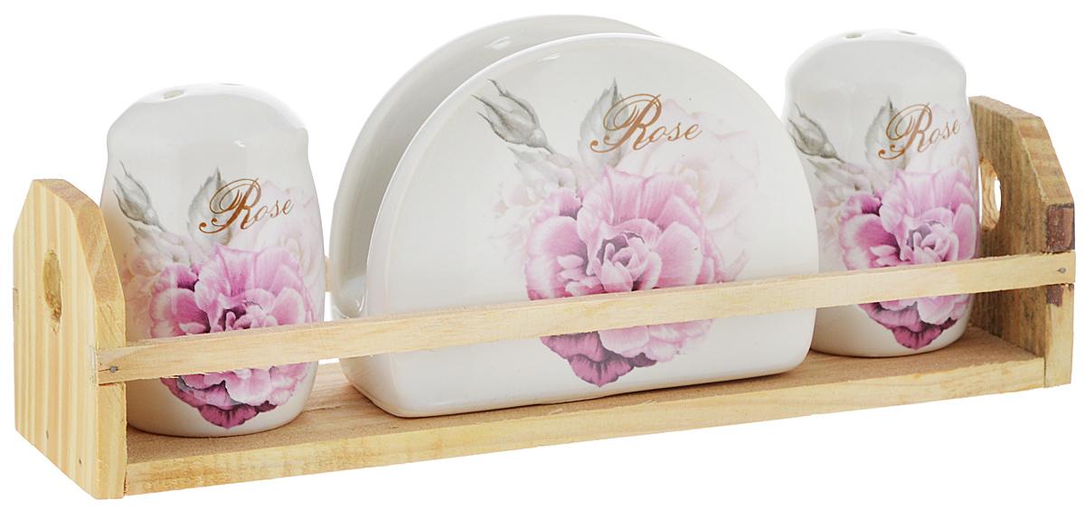 Набор для специй Rosenberg Роза, на подставке, 4 предметаFD-59Набор для специй Rosenberg Роза состоит из двух емкостей для соли и перца, салфетницы и подставки. Изделия выполнены из высококачественной экологически чистой керамики и декорированы красочным изображением роз. Гладкое глазурованное покрытие приятно на ощупь. Набор имеет элегантный современный дизайн. Сочные краски сделают набор отличным дополнением сервировки стола. Размер емкостей: 5 х 5 х 7,5 см. Размер салфетницы: 10 х 4 х 8 см. Размер подставки: 23 х 6 х 6,5 см.