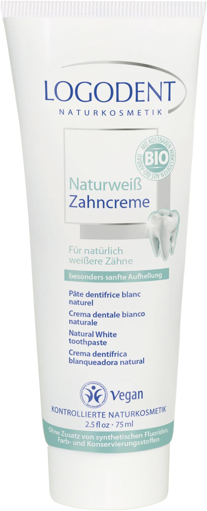 Logodent зубная паста «Натуральное отбеливание» 75 млSC-FM20104Обеспечивает экстра-нежное и естественное отбеливание зубов. Мягкие абразивные частички кремния осторожно удаляют зубной налет в труднодоступных местах, не повреждая полирует зубную эмаль, делает поверхность зубов идеально гладкой, что гарантирует сохранение белизны надолго. Натуральный экстракт шалфея предотвращает кровоточивость десен и обеспечивает противовоспалительный эффект. Чистое масло мяты перечной придает приятный освежающий вкус.