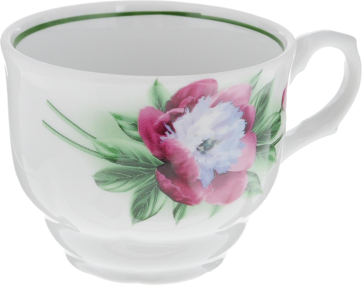 Чашка чайная Тюльпан. Пион, 250 мл391602Чашка выполнена из высококачественного фарфора в форме тюльпана и оформлена изображением цветков пиона. Изделие покрыто превосходной сверкающей глазурью. Завитки на ручке чашки подчеркивают романтичность изделия. Нежнейший дизайн и белоснежность изделия дарят ощущение легкости и безмятежности.Изысканная чашка прекрасно оформит стол к чаепитию и станет его неизменным атрибутом.Диаметр чашки (по верхнему краю): 8,5 см. Высота чашки: 7 см. Объем: 250 мл.