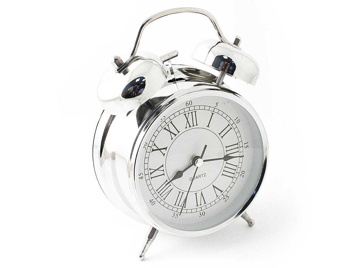 Часы настольные Эврика, цвет: хром, диаметр 10 см97493Настольные часы Эврика изготовлены из металла, циферблат защищен стеклом.Чтобы утро было по-настоящему добрым, встречайте его с веселым будильником. Встроенная подсветка включается кнопкой на задней панели.Классический дизайн будильника с металлическим молоточком и двумя колокольчиками впишется в любую обстановку.Часы могут стать уникальным, полезным подарком для родственников, коллег, знакомых и близких.Тип хода стрелок - прямой, тип механизма - тикающий. Питание осуществляется от двух батареек типа АА.