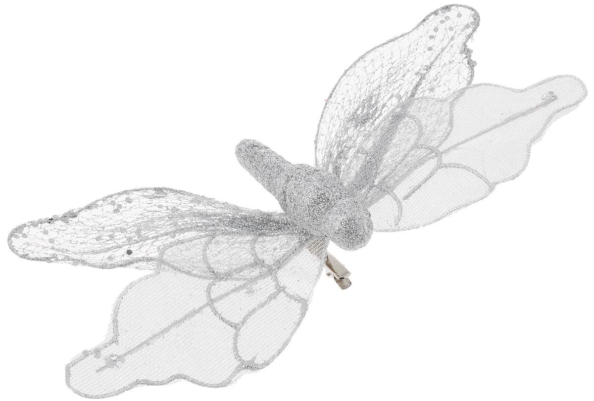 Украшение новогоднее Феникс-Презент Бабочка серебряная, на клипсе, 24 х 4 см38334Новогоднее украшение Феникс-Презент Бабочка серебряная выполнено из поливинилхлорида в форме бабочки на клипсе. Украшение можно прикрепить в любом понравившемся вам месте. Но, конечно, удачнее всего оно будет смотреться на праздничной елке.Елочная игрушка - символ Нового года. Она несет в себе волшебство и красоту праздника. Создайте в своем доме атмосферу веселья и радости, украшая новогоднюю елку нарядными игрушками, которые будут из года в год накапливать теплоту воспоминаний.Материал: поливинилхлорид.Размеры: 24 х 4 см.