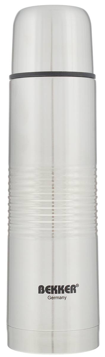 Термос Bekker, металлический, цвет: серебристый, 0,5 л.115510Термос Bekker изготовлен из нержавеющей стали и прекрасно подойдет как длягорячих, так и для холодных напитков. Вакуумная колба сохранит температуру горячего напитка на протяжении 24 часов. Термос оснащен удобной крышкой-чашкой. Вакуумная кнопка позволяет предотвратить проливания напитка.Высота термоса с учетом крышки: 24,5 см.Диаметр дна: 6,8 см.