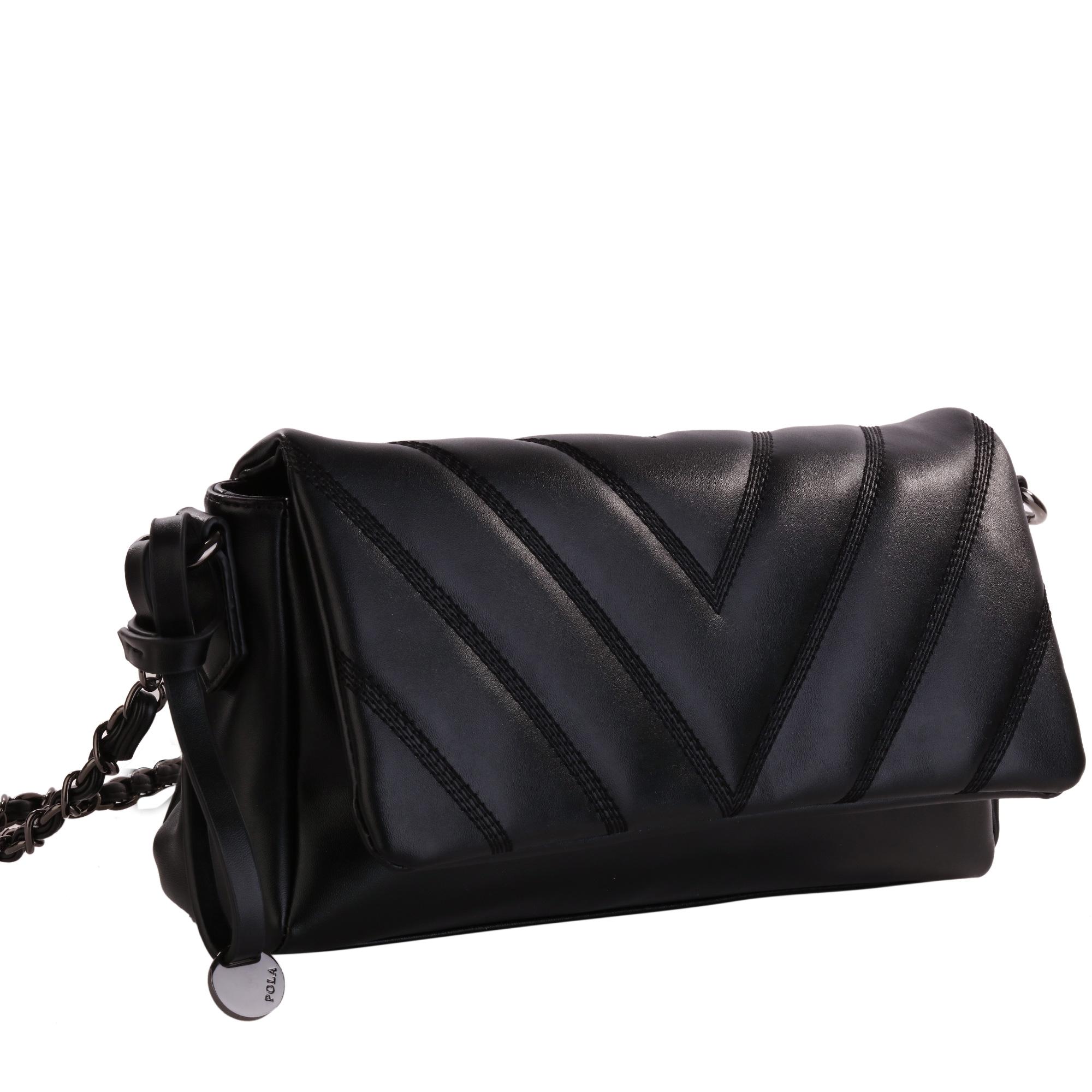 Клатч женский Pola, цвет: черный. 8277S76245Женская сумка Pola выполнена из экокожи. Основное отделение закрывается клапаном на магнитной кнопке, и застегивается на молнию. Внутри один карман на молнии и два открытых кармана. В комплекте съемный плечевой ремень, нерегулируемый по длине. Цвет фурнитуры - черный.