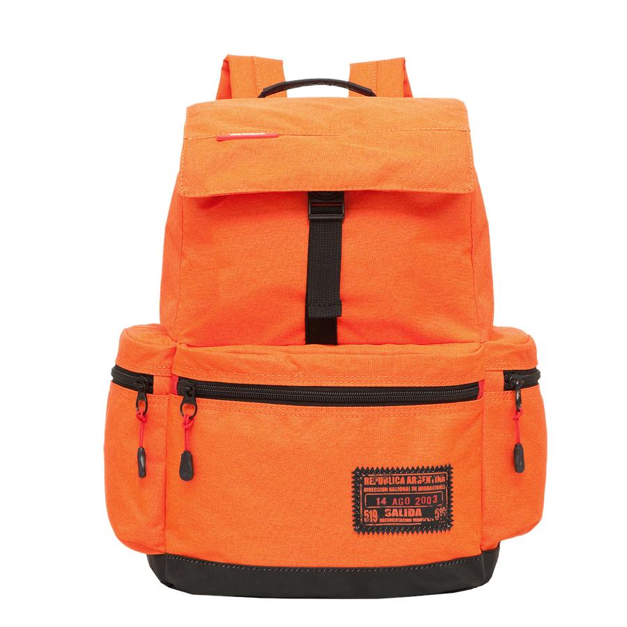 Рюкзак городской Grizzly, цвет: оранжевый. 18 л. RU-614-1/2RU-614-1/2Рюкзак городской Grizzl выполнен из высококачественного полиэстера. Рюкзак имеет ручку-петлю для подвешивания и две удобные лямки, длина которых регулируется с помощью пряжек.Модель выполнена с одним основным отделением, которое закрывается затягивающийся шнурок и сверху оснащена клапаном с застежкой-фастексом. Передняя стенка рюкзака дополнена накладным карманом на молнии. Боковые стенки дополнены двумя объемными карманами на застежках-молниях.Модель выполнена с укрепленной спинкой и лямками.