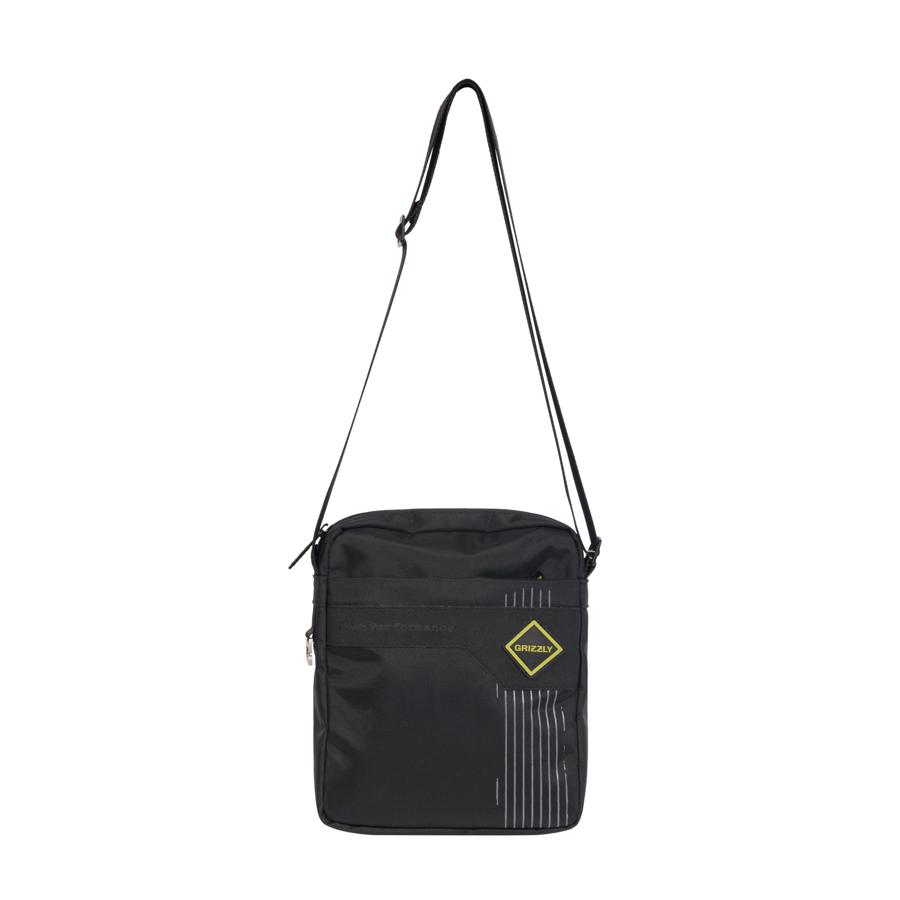 Сумка молодежная Grizzly, цвет: черный, салатовый, 5 л. MM-618-4/1MM-618-4/1Молодежная сумкаGrizzly имеет одно отделение, клапан на липучках с карманом на молнии, объемный передний карман на молнии, внутренний карман для ноутбука/планшета, внутренний карман на молнии, регулируемый плечевой ремень, брелок-игрушка.
