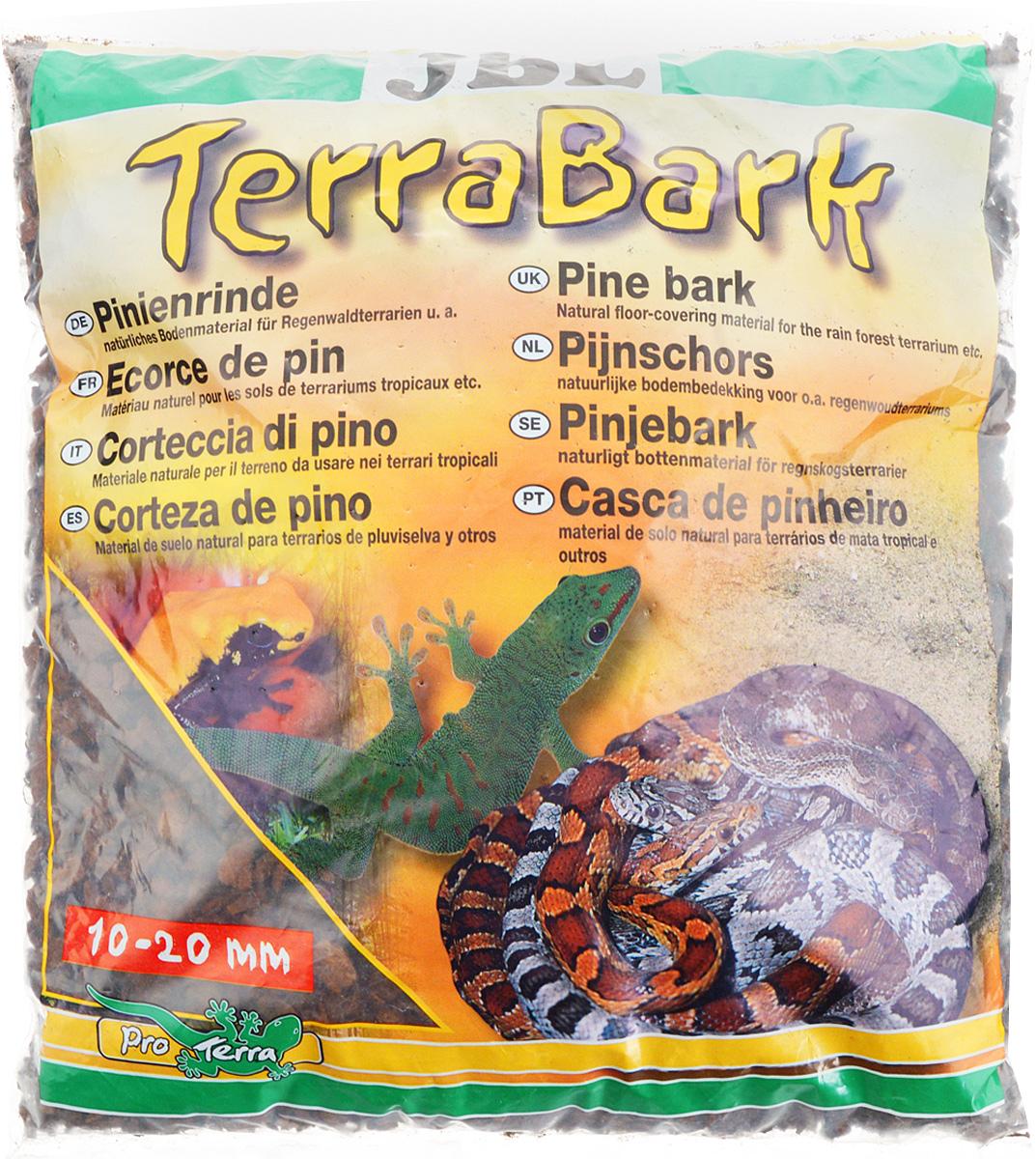 Грунт для террариума JBL TerraBark, из коры пинии, 10-20 мм, 5 лJBL7102000Натуральный грунт JBL TerraBark предназначен специально для оформления террариумов. Изделие готово к применению.Донный субстрат подходит для влажных и полувлажных тропических террариумов. Не содержит пестицидов. Обладает свойствами регулирования влажности воздуха в террариуме.Изготовлен из коры пинии, которая ценится специалистами за высокое содержание эфирных масел,которые делают субстрат непроницаемым для микроорганизмов и устойчивым к грибкам.Грунт JBL TerraBark порадует начинающих любителей природы и самых придирчивых дизайнеров, стремящихся к созданию нового, оригинального. Такая декорация придутся по вкусу и обитателям террариумов, которые ещё больше приблизятся к природной среде обитания.Фракция: 10-20 мм.Объем: 5 л.