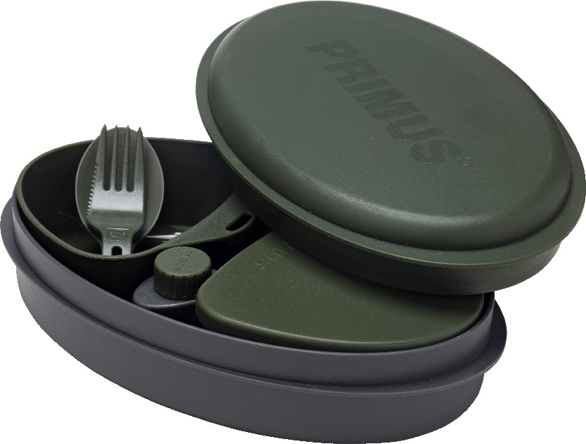 Набор посуды Primus Meal Set, цвет: зеленый, 8 предметовW10311Набор посуды Primus Meal Set включает в себя все необходимое: 2 контейнера для еды, баночка для специй, баночка для жидкостей, разделочная доска, сочетающая в себе дуршлаг, терку и нож, складная ложка-вилка. Этот набор необходим каждому, кто собирается в поход, небольшой отдых за городом или пикник в парке.