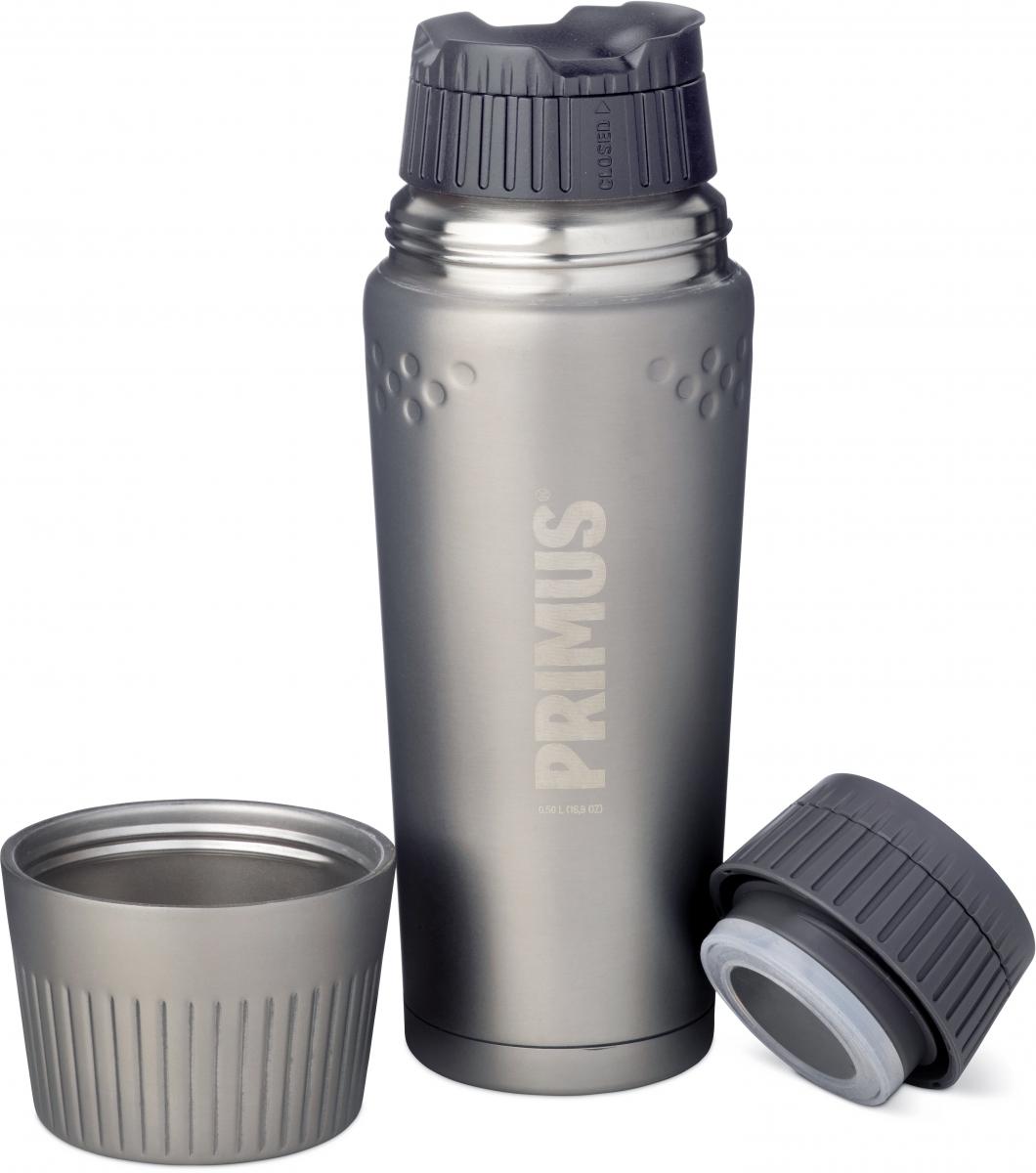 Термос Primus TrailBreak Vacuum Bottle, цвет: темно-серый, 500 мл. 737864737864Термос обладает двойными стенками и имеет вакуумную изоляцию. Изготовлен из высококачественной нержавеющей стали, что наделяет его очень прочным и износостойким корпусом. Термос отлично подходит для всевозможных приключений в экстремальных условиях, идеально подходит для альпинизма или пешего туризма.Крышка-чашка также имеет двойные стенки и выполнена из нержавеющей стали, чтобы сохранить напиток горячим или холодным долгое время. Большая горловина позволяет термос заполнить напитками и очистить. Если вы захотите пить прямо из термоса, в этом вам поможет запатентованная крышка с функцией ClickClose - просто поверните клапан! Стоит также отметить внешний вид термоса - он выполнен в строгом скандинавском стиле.Объем термоса: 500 мл.