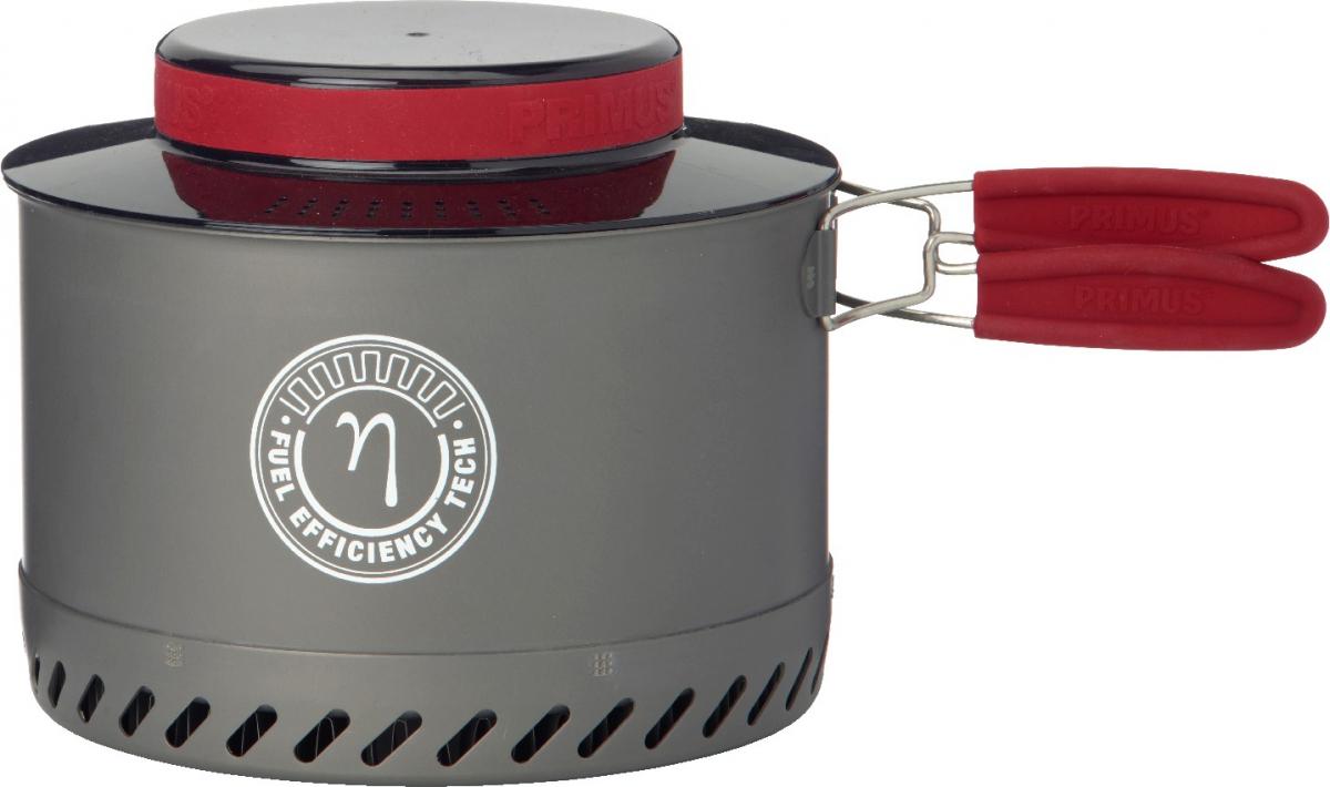 Котелок Primus PrimeTech Pot, цвет: серый, 3 л737936Котелок Primus PrimeTech Pot- туристический котелок со складными ручками, с теплообменником и термостойкой пластиковой крышкой. Теплообменник эффективно использует тепло пламени горелки и значительно уменьшает время закипания воды.Котелок выполнен из легкого, анодированного алюминия с титановым антипригарным покрытием. Ручки удобно складываются, и котелок занимает мало места в рюкзаке. Крышка с перфорацией выполнена из поликарбоната. Её можно использовать в качестве дуршлага