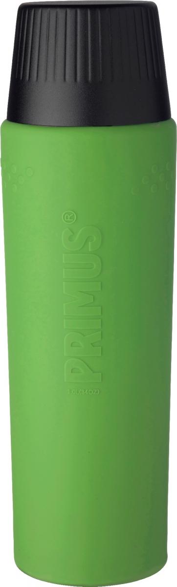 Термос Primus TrailBreak EX Vacuum Bottle, цвет: зеленый, черный, 1 л737958Термос из новой коллекции экспедиционных термосов шведской компании Primus. Его главные достоинства - надежность, эффективность, функциональность и стильный дизайн. Термос сделан из высокопрочной нержавеющей стали (двустенный - вакуумная технология) и оснащен силиконовым рукавом, защищающим руки от прикосновения к металлу на холоде (морозе). Кроме того, силикон препятствует случайному выскальзыванию термоса из рук. Крышка также имеет двойные стенки и изготовлена из нержавеющей стали, поэтому напиток в ней дольше сохраняет заданную температуру. Термос комплектуется двумя пластиковыми пробками: стандартной и с системой ClickClose (для наливания напитка необходимо просто повернуть крышку).Благодаря конусовидной форме термос легче размещать в рюкзаке или сумке. Объем термоса: 1000 мл.