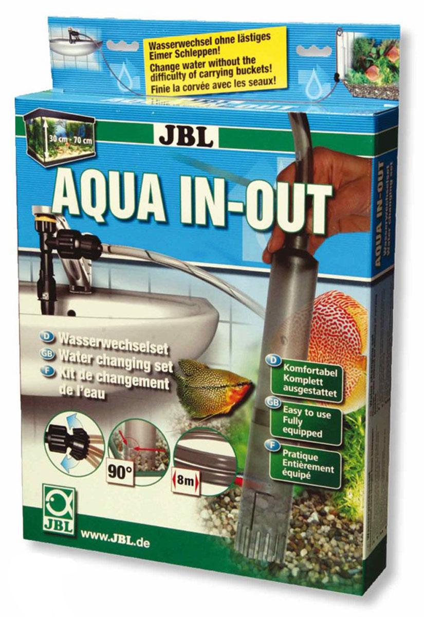Комплект для подмены воды в аквариуме JBL Aqua In-OutJBL6143000Комплект для подмены воды в аквариуме JBL Aqua In-Out удаляет продукты обмена веществ, остатки корма и растений (ил) со дна аквариума. Сифон снабжен автоматическим всасыванием для уровня воды 45-70 см - всасывает благодаря струе воды из-под крана (даже если раковина выше аквариума), он также очищает труднодоступные места от ила благодаря круглому поперечному сечению с выступом. Просто установить: Подключите помпу к крану. Подсоедините длинный шланг шаровым соединением к помпе. Присоедините другой конец длинного шланга краном и коротким шлангом к сифону. Сифон повесьте в аквариуме. Откройте краны. Откройте воду. Вода потечет, засасывая воду из аквариума. Рыбы или растения не попадут случайно в сифон благодаря защитной сетке. Почистите дно аквариума сифоном. Чтобы заполнить аквариум, закройте кран у помпы, и свежая вода потечет в аквариум. Закройте кран на шланге, и вода перестанет течь в аквариум. Корм, остатки растений и продукты обмена веществ загрязняют воду аквариума. Так как фильтр не полностью удаляет их из воды, необходимо регулярно подменивать часть воды.