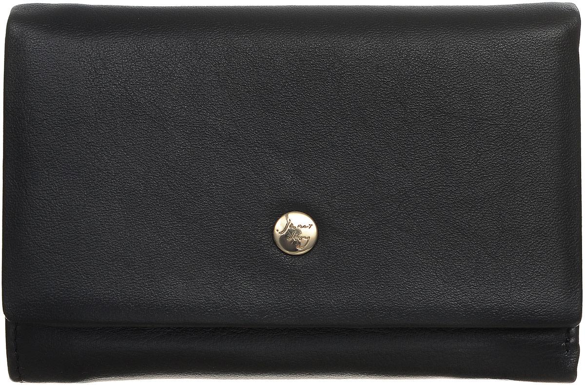 Кошелек женский Janes Story, цвет: черный. VN-80034-04BM8434-58AEСтильный женский кошелек Janes Story изготовлен из натуральной высококачественной кожи. Изделие выполнено в три сложения и закрывается клапаном на кнопку. Внутри кошелек содержит два отделения для купюр, один карман на застежке-молнии, три потайных кармашка, шесть карманов для кредитных карт или визиток и один кармашек с окошечком в которое можновставить любимое фото. Снаружи сзади так же имеется карман на молнии. Кошелек - это удобный и функциональный аксессуар, необходимый любому активному человеку для хранения денежных купюр, визиток, пластиковых карт и небольших документов. Он не только практичен в использовании, но также позволит вам подчеркнуть свою индивидуальность. Кошелек упакован в фирменную картонную коробку с логотипом бренда.