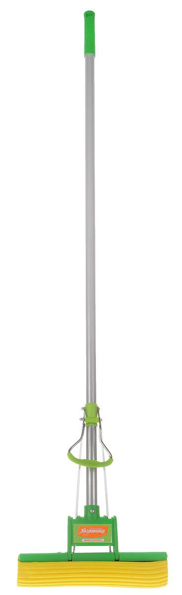 Швабра Хозяюшка Мила, с отжимом, цвет: серый, зеленый. 1000710007_серый, зеленыйШвабра Хозяюшка Мила с отжимом оснащена прочной металлической ручкой. Моющая платформа из пластика и металла с отжимным механизмом сохраняет руки в чистоте и сухости. При погружении губки в воду весь мусор остаётся в воде. Сменная насадка выполнена из PVA спонжа. Есть возможность регулирования влажности насадки при отжиме. Подходит для мытья полов, как с моющими средствами, так и без них. Отжимная швабра подходит для влажной уборки и мытья полов из любых материалов: ламинат, паркет, линолеум, керамическая плитка. Эффективна для чистки ковров и ковровых покрытий.Используется сменная насадка М-02. Длина ручки: 111 см.Размер платформы: 27 см х 5 см.