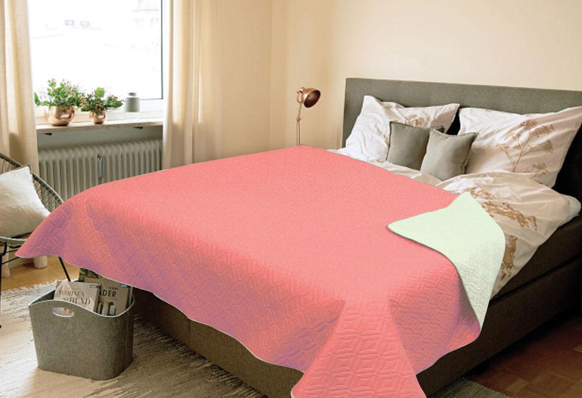 Покрывало Amore Mio Verdo, 1,5 спальное, цвет: розовыйES-412Покрывала Multi Amore Mio - Идеальное решение для современного интерьера! Amore Mio – комфорт и уют - каждый день! Amore Mio предлагает оценить соотношение цены и качества коллекции. Разнообразие ярких и современных дизайнов прослужат не один год и всегда будут радовать вас и ваших близких сочностью красок и красивым рисунком. Покрывало Multi Amore Mio - однотонное, с кантом. Каждая сторона имеет свой цвет, поэтому настроение можно поменять, лишь перевернув покрывало на другую сторону. Покрывало приятное, мягкое, легкое, может послужить не только на кровати, но и в качестве облегченного одеяла, а также как дорожного пледа, великолепно в качестве покрывала для пикников. Занимает мало места, легко стирается, неприхотливо в уходе.