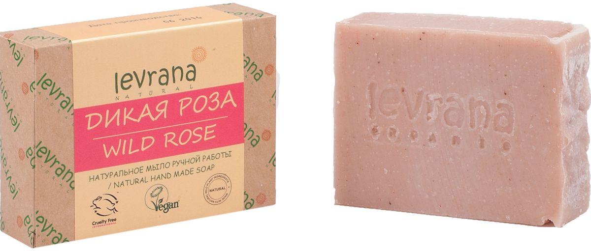 Levrana Натуральное мыло ручной работы Роза, 100 г292709Натуральное мыло очень бережно очищает кожу лица и тела. Ежедневное умывание позволит вам избавиться от сальности, вы забудете что такое проблемная Т-зона.Натуральное мыло ручной работы сделано только на растительных маслах, и обогащено экстрактами растений и ягод.