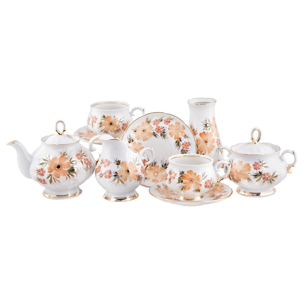 Сервиз чайный Башфарфор Рассвет, 16 предметовVT-1520(SR)Сервиз чайный из белого фарфора рассчитан на 6 персон. Тонкий белый фарфор.Изумительная посуда для настоящих ценителей с хорошим вкусом, подходит и для особых случаев и на каждый день.В состав набора входит: чашка 250мл 6 шт, блюдце 14,5см 6 шт, сахарница 300мл 1шт, чайник 600мл 1 шт, Молочник 250мл 1шт, ваза 1шт.