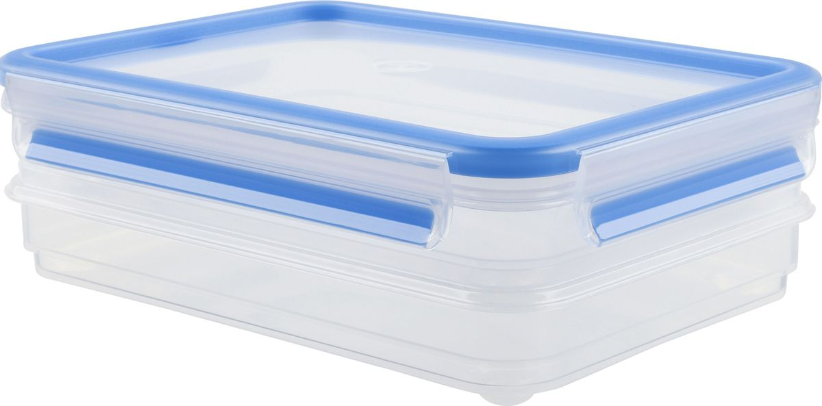 Набор контейнеров для нарезки Emsa Clip&Close, 0,6 л, 2 штFD 992Набор контейнеров Emsa Clip&Close изготовлен из высококачественного антибактериального пищевого пластика, имеющего сертификат BPA-free, который выдерживает температуру от -40°С до +110°С, не впитывает запахи и не изменяет цвет. Это абсолютно гигиеничный продукт, который подходит для хранения даже детского питания. 100% герметичность - идеально не только для хранения, но и для транспортировки пищи. Герметичность достигается за счет специальных силиконовых прослоек, которые позволяют использовать контейнер для хранения не только пищи, но и жидкости. В таком контейнере продукты долгое время сохраняют свою свежесть - до 4-х раз дольше по сравнению с обычными, в том числе и вакуумными контейнерами. 100% гигиеничность - уникальная технология применения медицинского силикона в уплотнителе крышки: никаких полостей - никаких микробов. Изделие снабжено крышкой, плотно закрывающейся на 4 защелки. 100% удобство - прозрачные стенки позволяют просматривать содержимое, сохранение пространства за счёт лёгкой установки контейнеров друг на друга. Изделие подходит для домашнего использования, для пикников, поездок, отдыха на природе, его можно взять с собой на работу или учебу. Можно использовать в СВЧ-печах, холодильниках, посудомоечных машинах, морозильных камерах.Размер контейнеров: 22,6 x 16,7 x 7,7 см.
