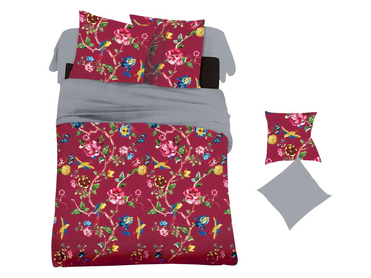 Комплект белья Cleo Карминовое цветение, 2-спальный, наволочки 70х70RC-100BWCКоллекция постельного белья из микросатина CLEO – совершенство экономии, но не на качестве! Благодаря новейшим технологиям микросатин – это прочность, легкость, простота в уходе, всегда яркие цвета после стирки. Микро-сатин набирает все большую популярность, благодаря своим уникальным характеристикам. Окраска материала - стойкая, цветовая палитра - яркая, насыщенная. Микро-сатин хорошо впитывает влагу, а после стирки быстро сохнет, становясь шелковистым на ощупь, мягким и воздушным. Комплект состоит из пододеяльника, двух наволочек и простыни.