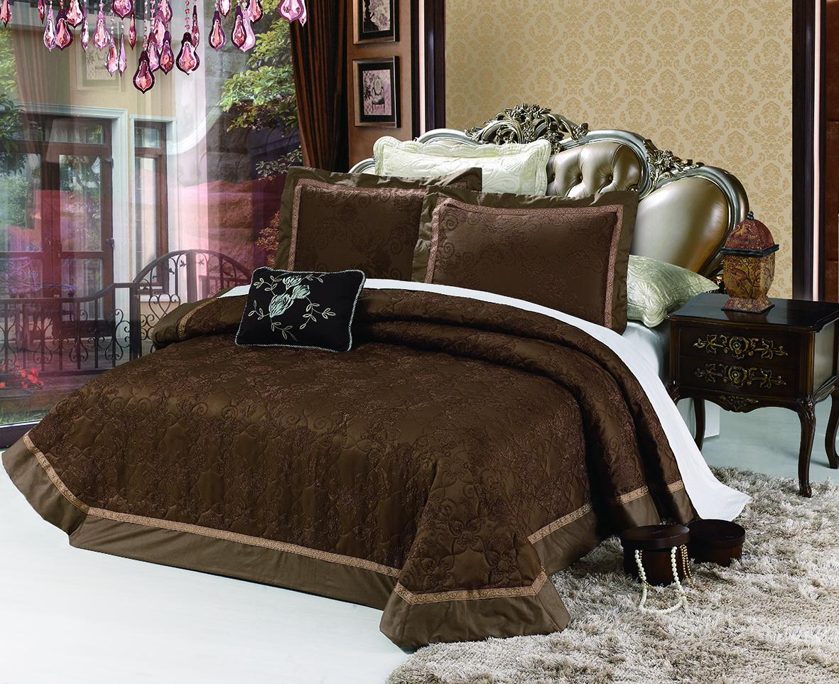Комплект для спальни Cleo Мичейла: покрывало 230 х 250 см, 2 наволочки 50 х 70 смRC-100BWCИзысканный комплект для спальни состоит из покрывала и двух наволочек. Изделия выполнены из хлопка и вискозы, легкие, прочные и износостойкие. Размер покрывала: 230 х 250 см.Размер наволочки: 50 х 70 см.