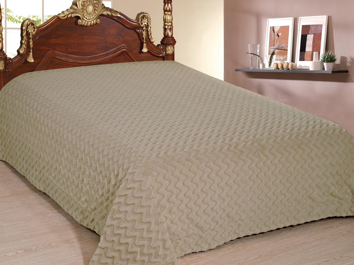 Покрывало Cleo Волна, цвет: хаки, 220 x 240 смFD-59Покрывало Cleo из искусственного меха порадует вас своим дизайном и качеством исполнения. Покрывала из искусственного меха (акрил) универсальны в использовании: их можно положить на кровать для украшения интерьера, использовать вместо одеяла или пледа, как накидку на кресло или диван, оно также может заменить на полу шкуру животного. Современные технологии позволяют делать ворс разной длины, фактуры и цвета, что делает коллекцию реалистичной визуально и тактильно. Такие меховые покрывала обладают рядом преимуществ: они износостойкие, не теряют форму, не выгорают и не садятся при стирке, стираются легко, сохнут быстро. Акрил является синтетическим материалом, в нем не живут микроорганизмы, поэтому он гипоаллергенный. Оригинальное меховое покрывало стильно дополнит интерьер спальни и сохранит безупречный внешний вид на долгие годы. Покрывала Cleo - это экологичность и стиль.