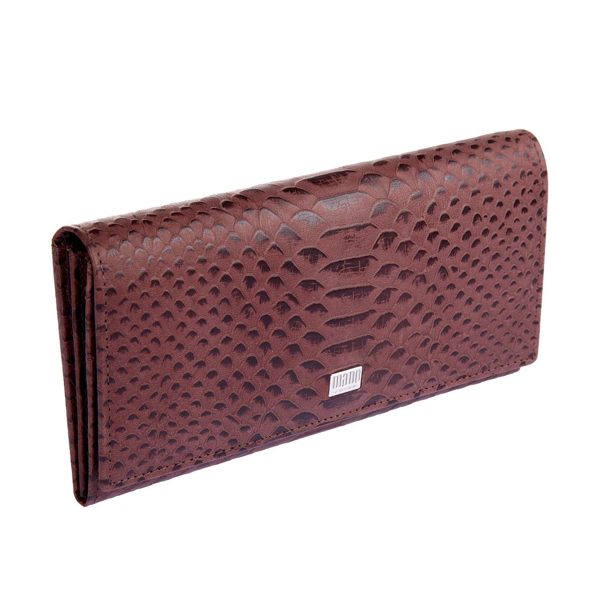 Портмоне Mano, цвет: коричневый. 20150 CrocoINT-06501Портмоне Mano выполнено из натуральной кожи. Модель закрывается широким клапаном на кнопке, внутри два отделения для купюр, отделение для мелочи на молнии, два кармана для бумаг, девятнадцать кармашков для пластиковых карт, сетчатый карман, снаружи на задней стенке два кармана, один из них на молнии.