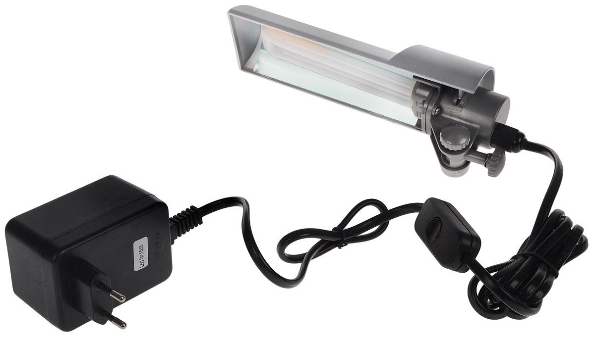 Светильник Dennerle Nano Light, с верхним креплением на стенку аквариума, 9 ВтDEN5921Светильник Dennerle Nano Light предназначен для подсветки аквариума. Регулируется по высоте и передвигается по горизонтали. Крепится к стенкам аквариума толщиной до 5 мм. Светильник оснащен встроенным глянцевым отражателем, обеспечивающим на 100% больше света.В комплект входим энергосберегающая люминесцентная лампа (цвет света: дневной, 6000 кельвин).Размер светильника: 22х 6,5 х 3,5 см.Длина шнура: 2 м.