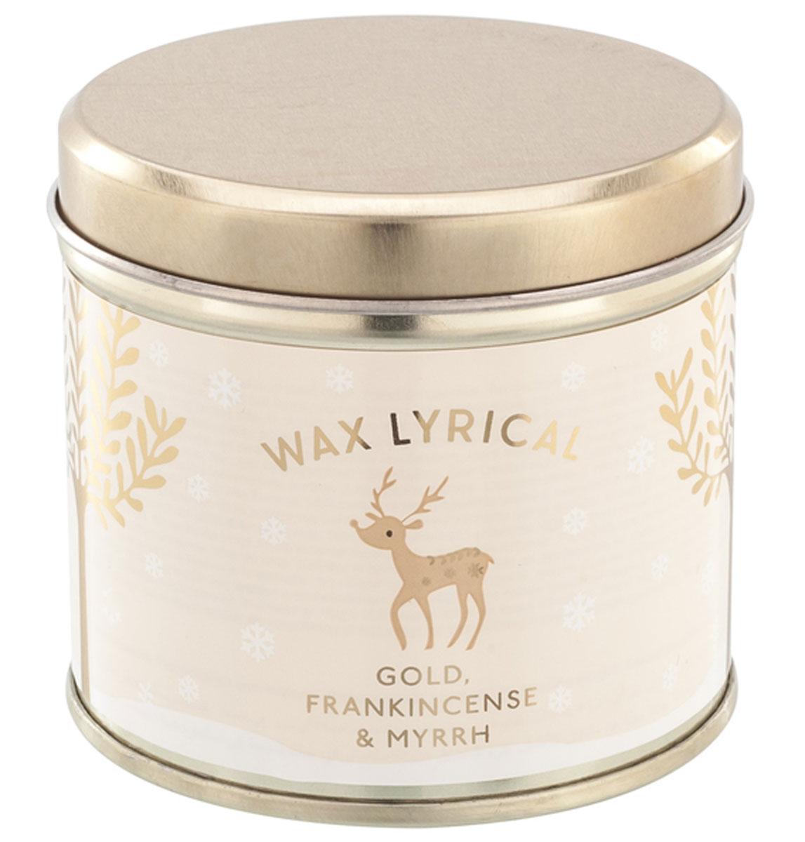 Свеча ароматизированная Wax Lyrical Зимний лес, 220 гCHR2025Свеча ароматизированная Wax Lyrical Зимний лес имеет богатый аромат, наполняющий пространство бархатными нотами карамели, ванили и цветами жасмина. Интересная теплая композиция, созданная специально для уютных зимних вечеров.