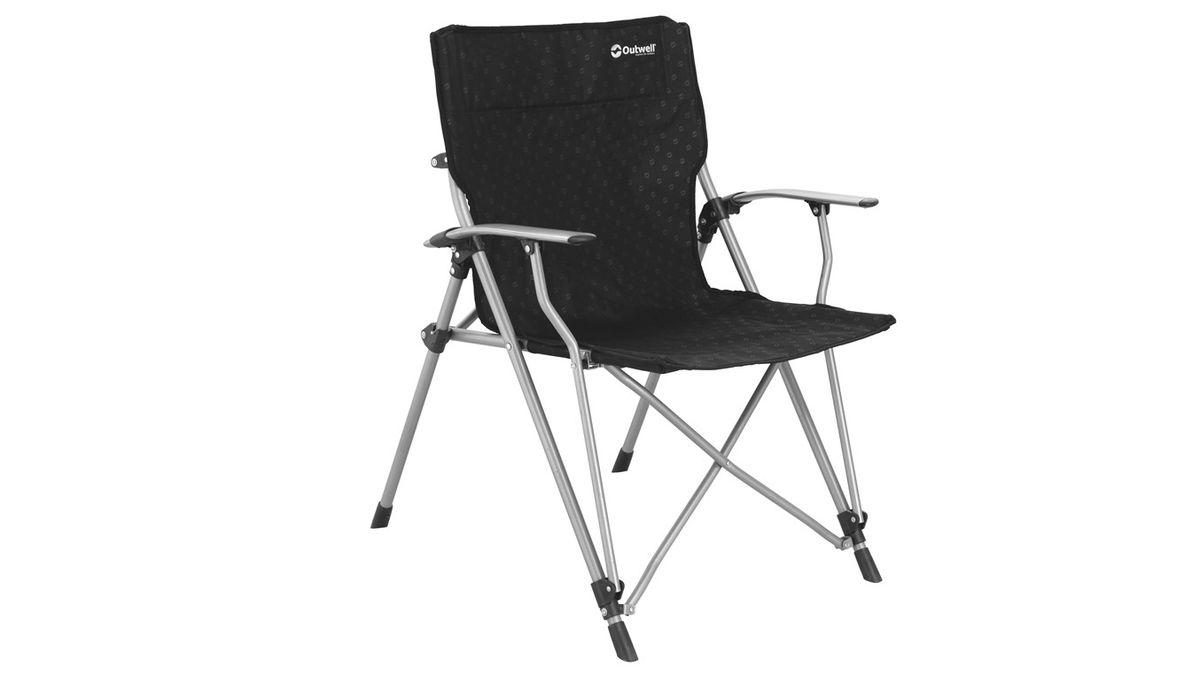 Кресло складное Outwell Goya Chair, цвет: черный, 67 х 58 х 99 см470044Кемпинговое кресло Outwell Goya Chair станет незаменимым помощником во время любого вида отдыха. Это складное кресло благодаря своей универсальности и мобильности сможет выручить в любой ситуации. Легко раскладывается и складывается, не нуждается в сборке, сделано из высокопрочной стали, поэтому будет служить длительное время. Это кресло для пикника еще и очень стильное, черный цвет обивки с интересными узорами стал прекрасным дополнением стального каркаса – отличный вариант для мебели на даче. Кресло является новинкой из Черной коллекции, имеется фирменная надпись, а большой размер просто создан для комфорта. Купить кресло Outwell Goya Chair – значит приобрести универсальную и прочную мебель для комфорта и расслабления. Особенности:• габариты в разложенном виде: 67 x 58 x 99 см.• в сложенном виде: 13 х 30 х 110 см. • максимальная нагрузка: 100 кг. Материал: Сталь, 600D полиэстер. Реальный вес (кг): 4.5