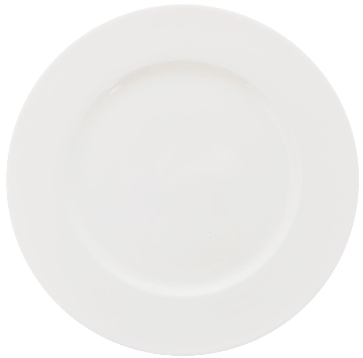 Тарелка Wilmax, диаметр 20 см. WL-991006 / A54 009312Тарелка Wilmax, изготовленная из высококачественного фарфора, имеет классическую круглую форму. Оригинальный дизайн придется по вкусу и ценителям классики, и тем, кто предпочитает утонченность и изысканность. Тарелка Wilmax идеально подойдет для сервировки стола и станет отличным подарком к любому празднику.
