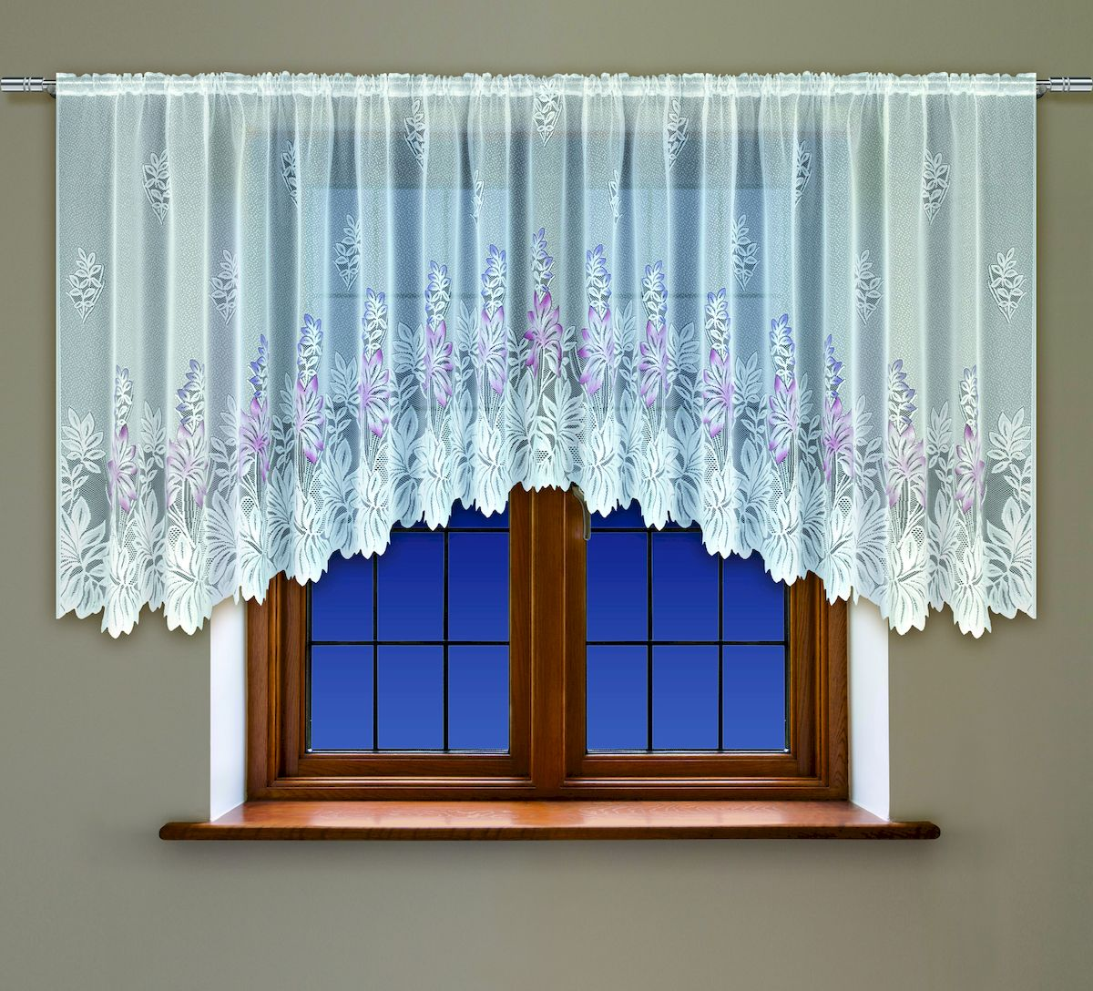 Гардина Haft, на кулиске, цвет: белый, высота 137 см. 20053039111448670Воздушная гардина Haft, выполненная из полиэстера, великолепно украсит любое окно.Изделие имеет оригинальный дизайн и органично впишется в интерьер помещения.Гардина крепится на карниз при помощи кулиски.